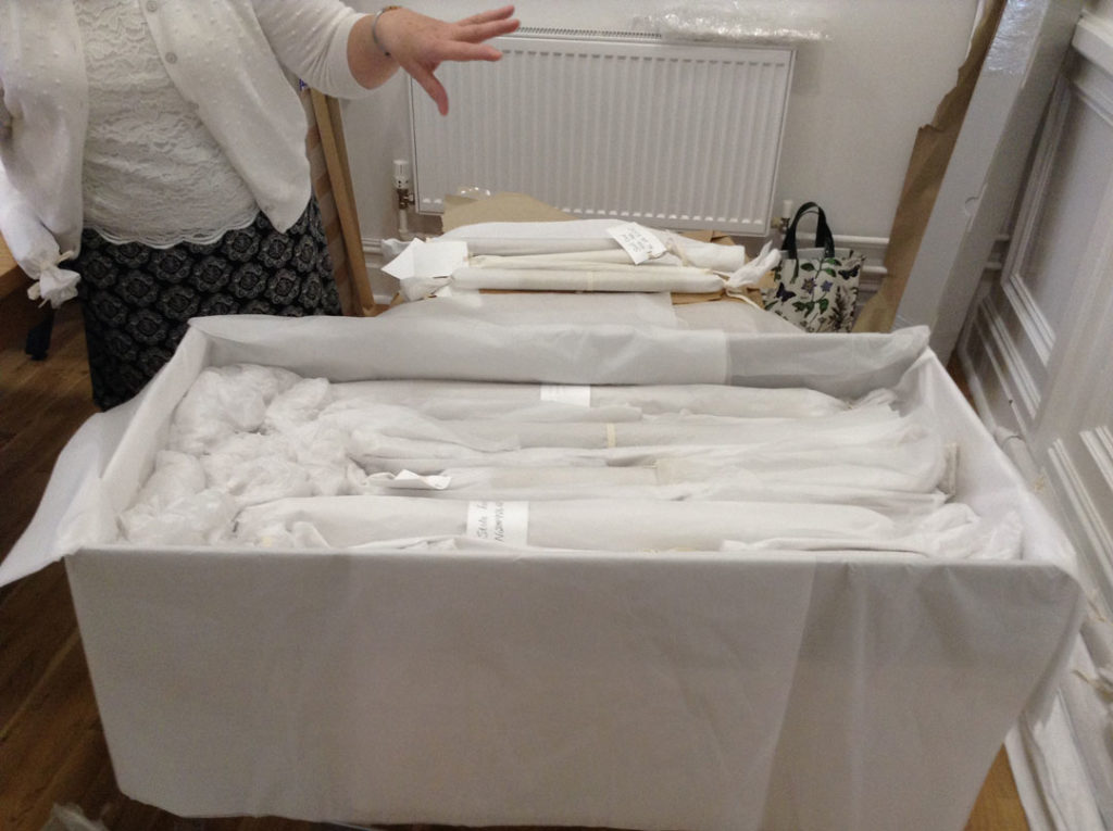 Lace conservation archival box