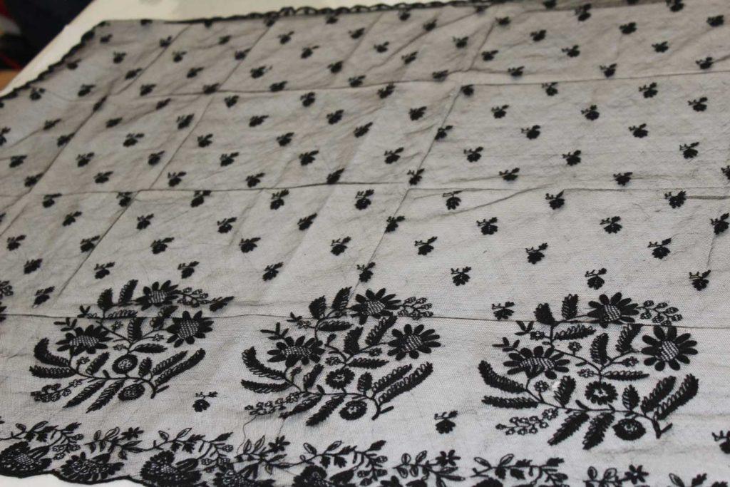 1989.0114_Limerick_Tambour_Lace_Bonnet Veil