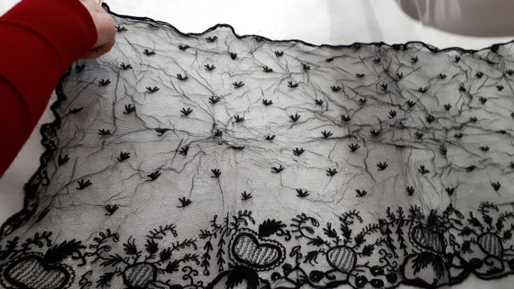 1989.0116 Black Limerick Lace Tambour veil.